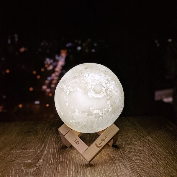 Lo Moon Lamp Cool White